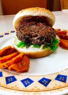 Vegburger: μαύρα φασόλια και κινόα