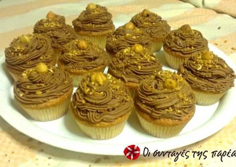 Cupcakes με buttercream μερέντας