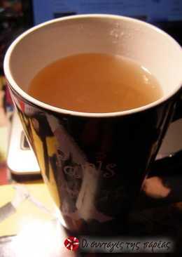 Τσάι μήλο-κανέλα με χυμό μήλου