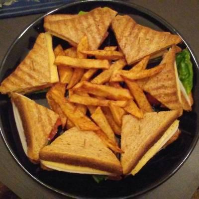 Light club sandwich