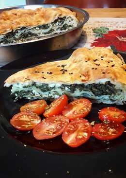 Διώροφη πίτα με φέτα και σπανάκι