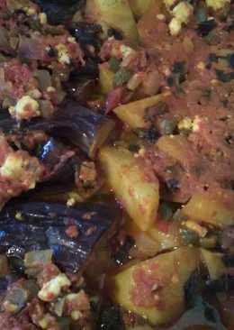 Μελιτζάνες ιμάμ μπαϊλντί με πατατούλες στο φούρνο