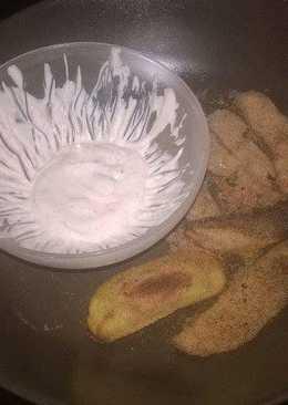 Παναρισμένες πατάτες με σως γιαουρτιού