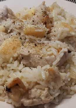 Κοτόπουλο με ρύζι στη γάστρα
