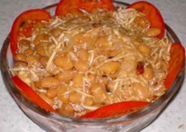 Салат с фасолью и сельдереем