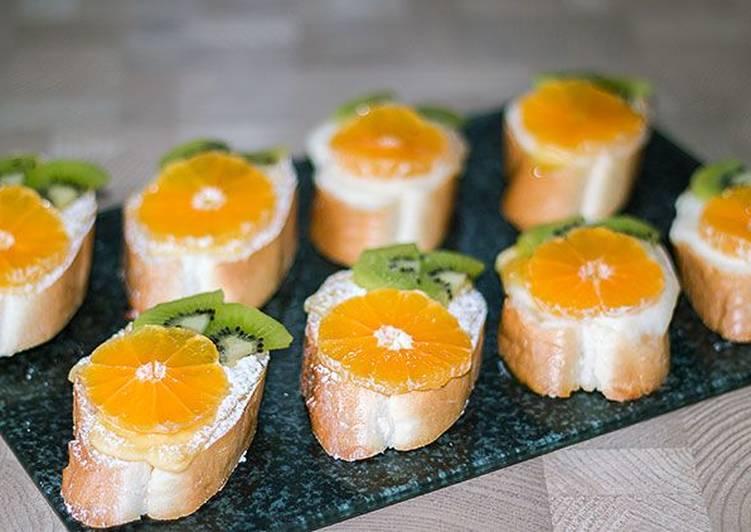 Бутерброды с мандаринами на праздничный стол