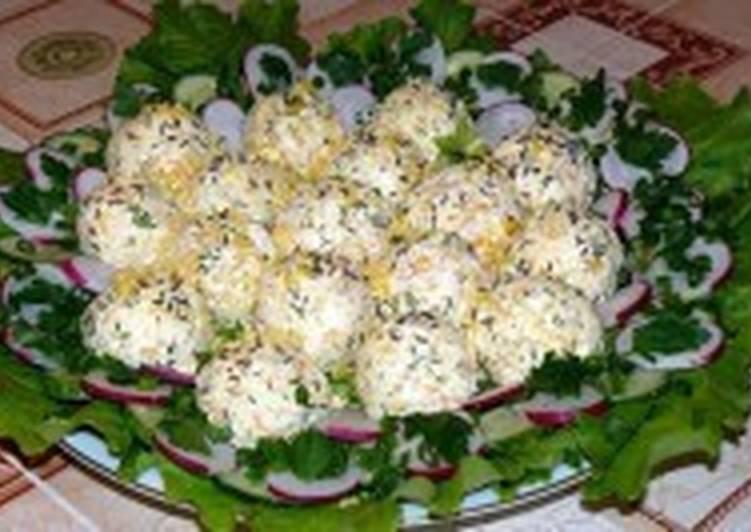Крокеты творожно-овощные с овощным салатом