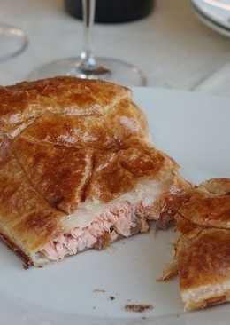 Быстрый пирог с лососем
