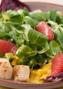 Салат с гребешками - рецепт