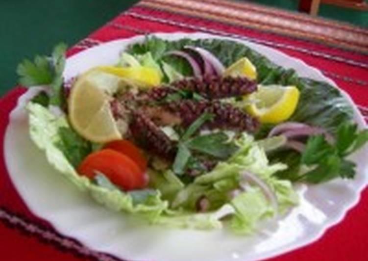 Салат из рыбной икры (тарамосалата)