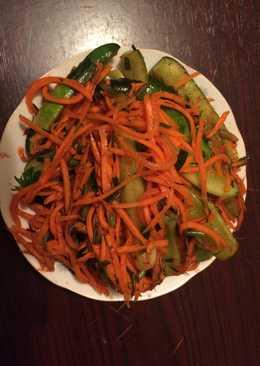 Малосольные огурцы с морковью по-корейски #заготовки