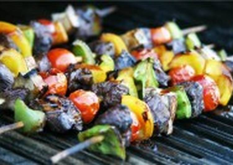 Шашлык из грибов и овощей
