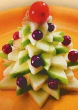 Десерт из яблока и клюквы «Новогодняя ель»