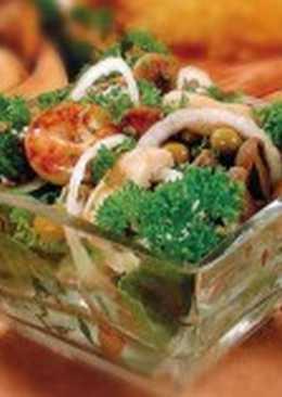 Салат из краснокочанной капусты с грибами