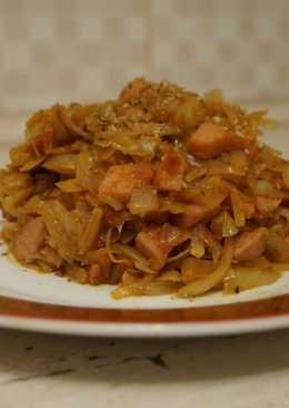 Солянка не суп (Капуста тушеная с ветчиной и орехами)
