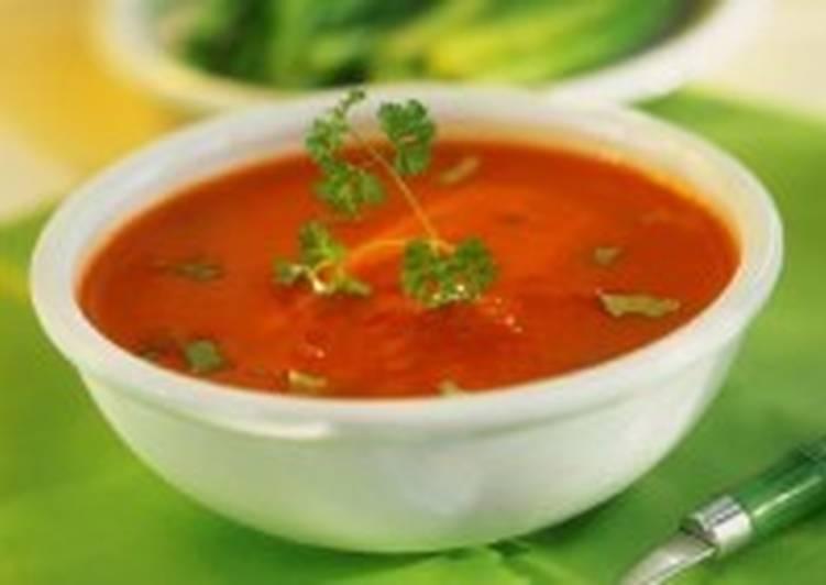 Томатный суп с рисом по-польски
