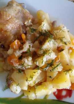 Куриные бедра с картошкой в духовке