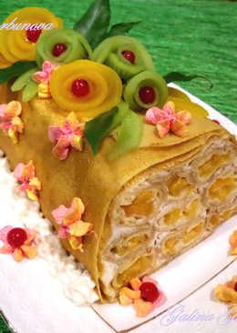 Блинный торт с консервированными персиками и сливочно-творожным кремом