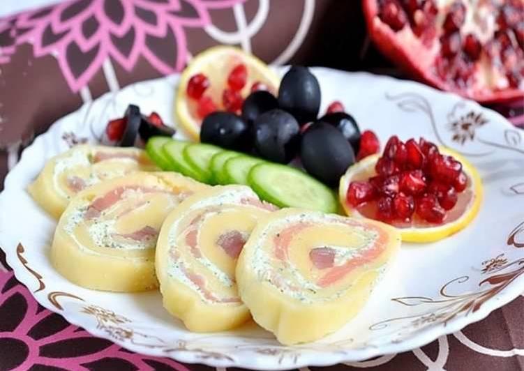 Рулетики с семгой и сыром
