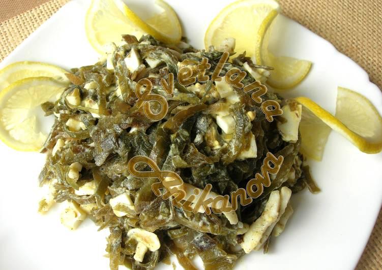 Салат из морской капусты и кальмаров без майонеза