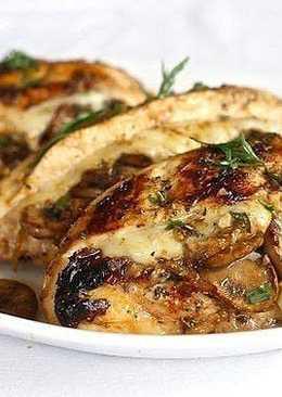 Курица, фаршированная грибами и сыром, на праздничный стол