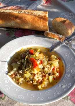 Постный суп из бобово-злаковой смеси и овощей