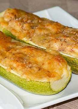 Запеченные в духовке кабачки с сыром