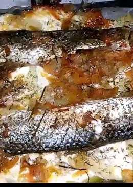 ОЧЕНЬ Вкусный ЗАПЕЧЕННЫЙ ПЕЛЕНГАС на картошке с сыром