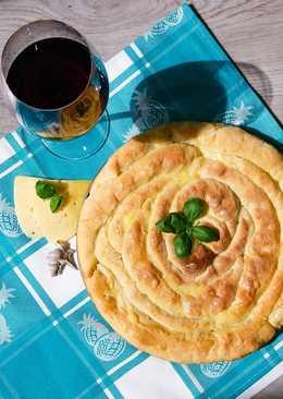 Сырный пирог-спираль на греческий лад