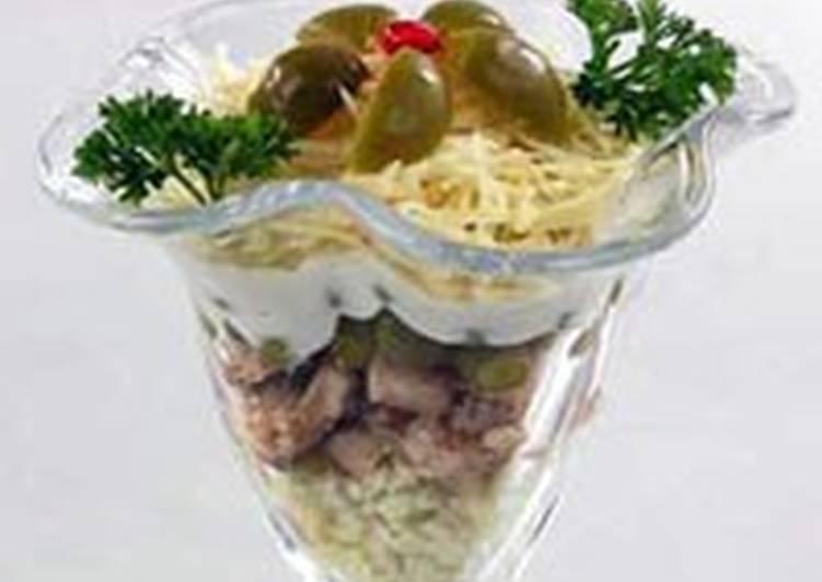 Салат–коктейль с лососем