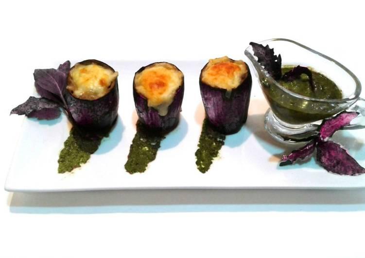 Базиликовый соус и баклажановые стаканчики