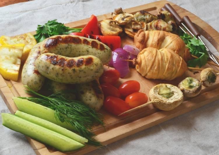 Домашний пикник с колбасками-гриль круглый год