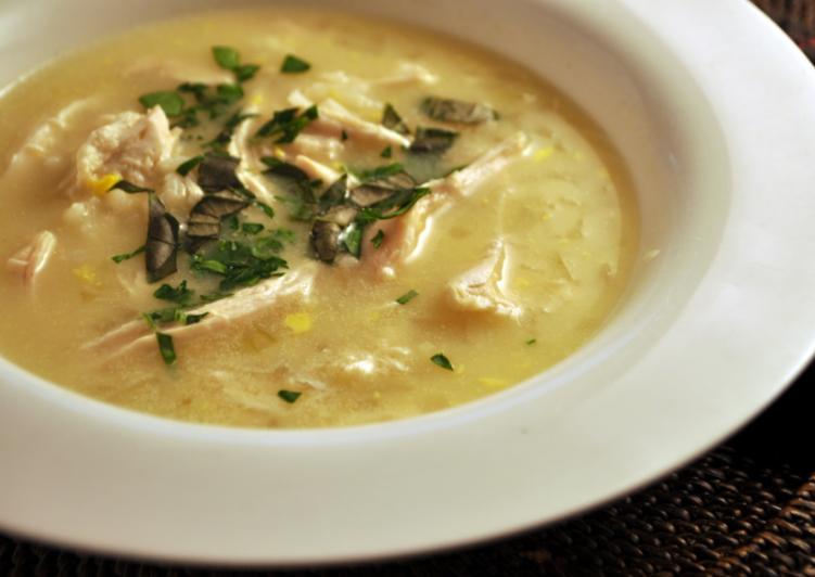 «Авголемоно» - греческий куриный суп
