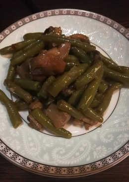 Салат из стручковой фасоли с шампиньонами