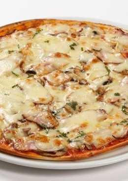 Итальянская пицца с беконом