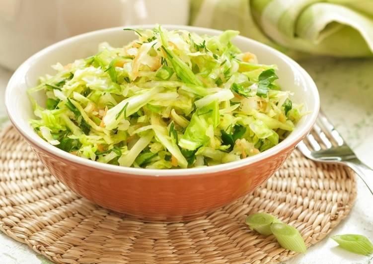 Салат из капусты и огурцов свежих