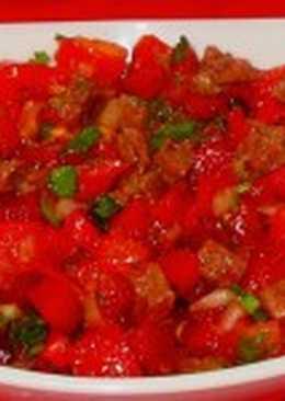 Салат из яиц и рыбы в томате