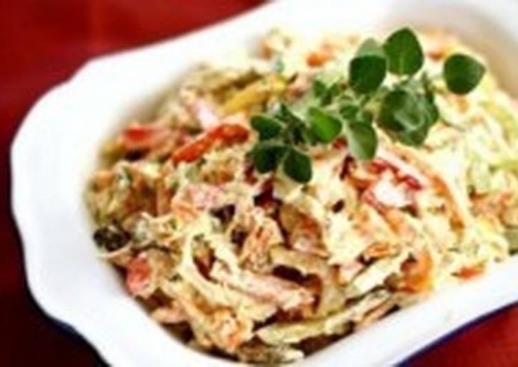 Теплый салат из курицы, картофеля и сладкого перца