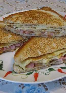 Сандвичи с начинкой на завтрак