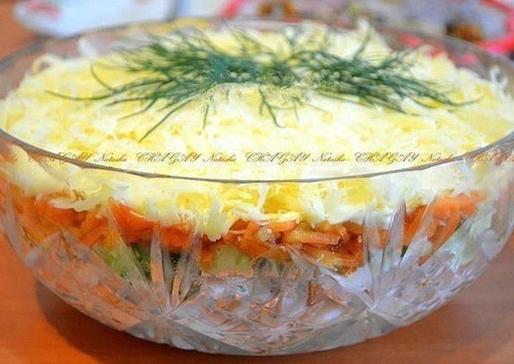 Салат курица морковь по-корейски сыр помидор 7