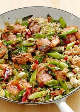 Азиатская кухня: Креветки с рисом
