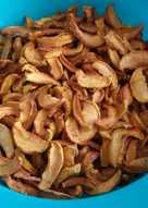 Яблочные чипсы в электросушилке