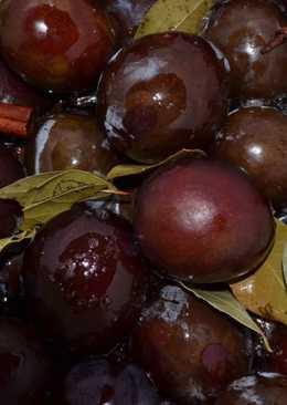 Сливы, маринованные на зиму, как оливки