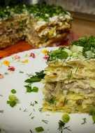 """Закусочный торт """"А-ля драник"""" с грибами и сыром"""