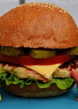 Гамбургер из крабовых палочек