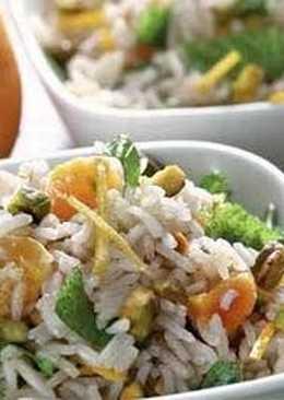 Рисовый салат с фисташками и мятой