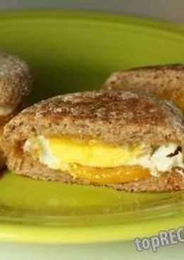 Милашки-бургеры с печёной яичницей и сыром