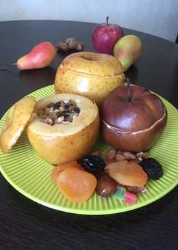 Яблоки с сухофруктами