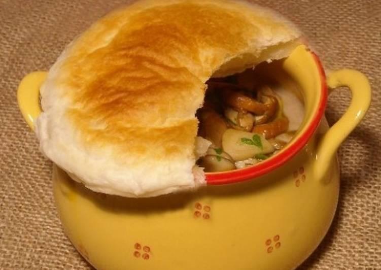 Гречка с грибами и печенью в горшочках