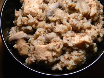 Гречка с курицей и грибами